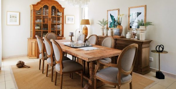 Factors to consider when buying a dining table