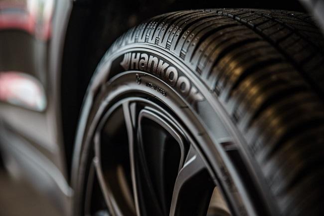 Top benefits of buying tires online